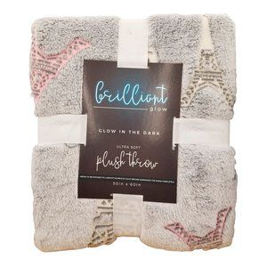 Bedding - 🆕Brilliant Glow Paris Plush Blanket